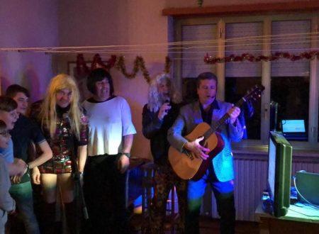I Ricchi ma Poveri per il secondo concerto annuale della cena di Capodanno.